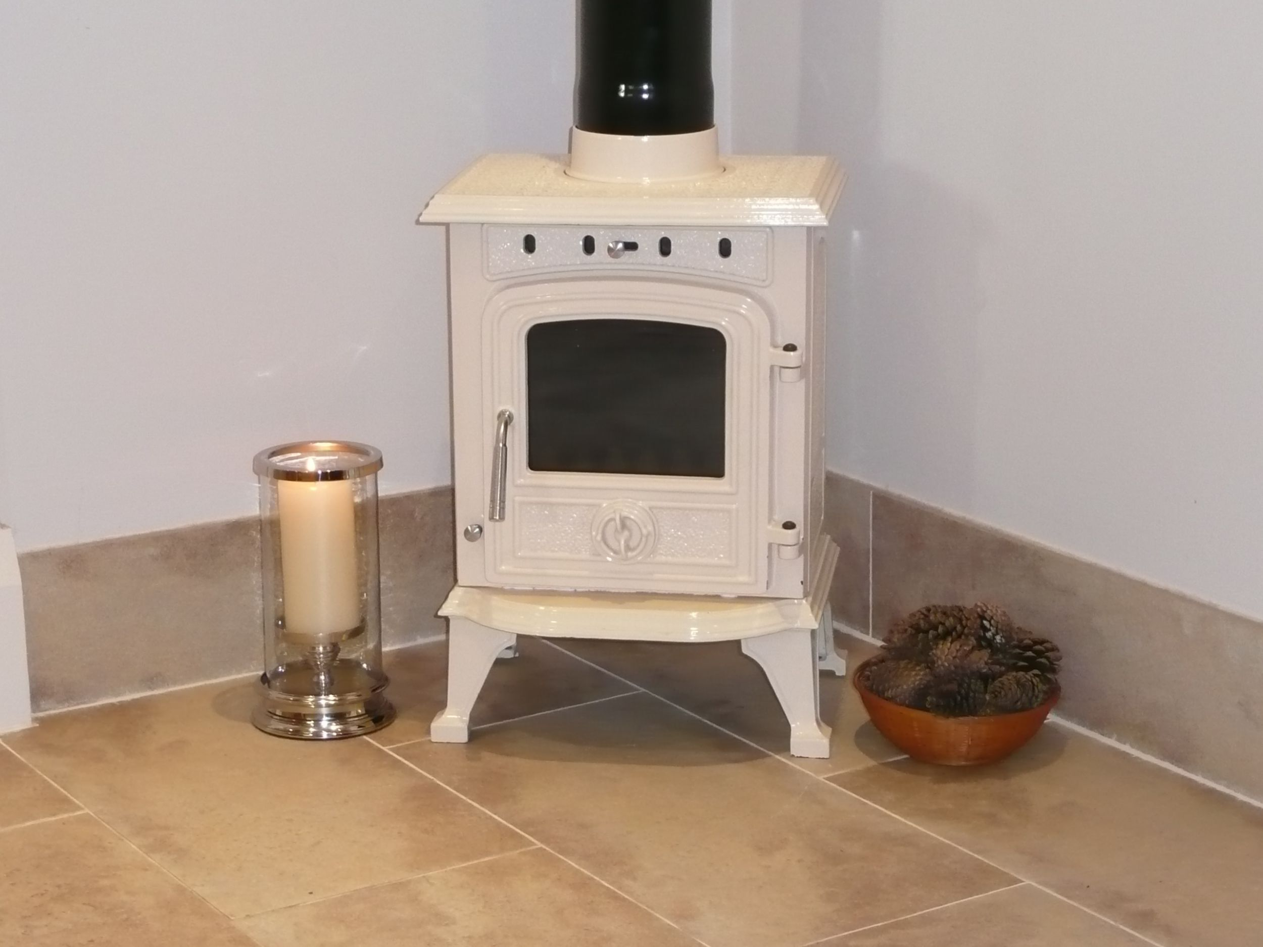 Padstow 4 5 kw enamelled multifuel stove humber imports - Wood burning stoves for small spaces gallery ...